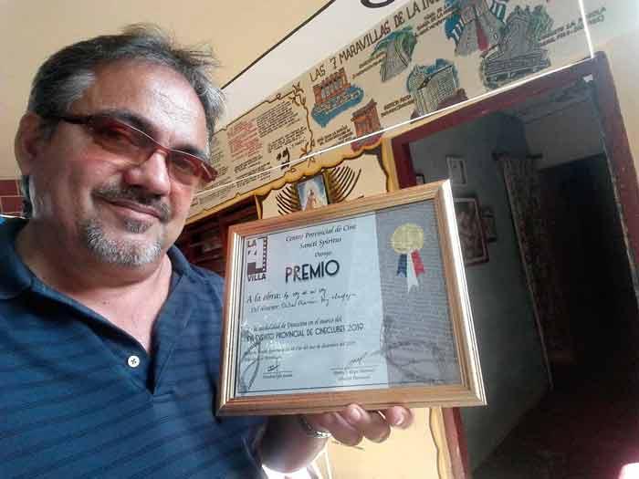 Premian a creador cinematográfico cabaiguanense