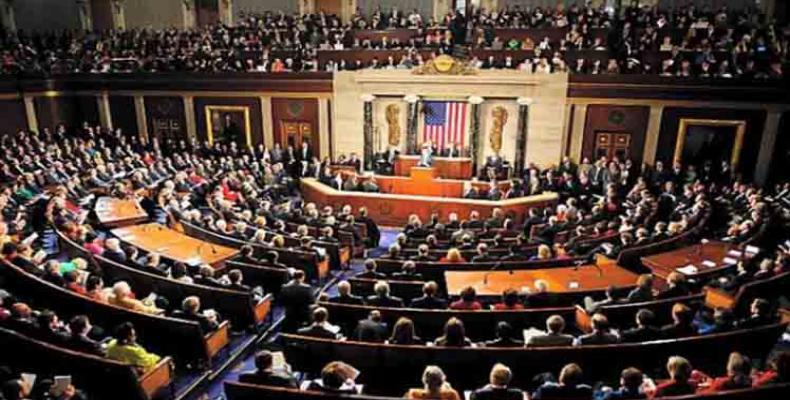 Cámara de Representantes vota hoy sobre juicio político contra Trump