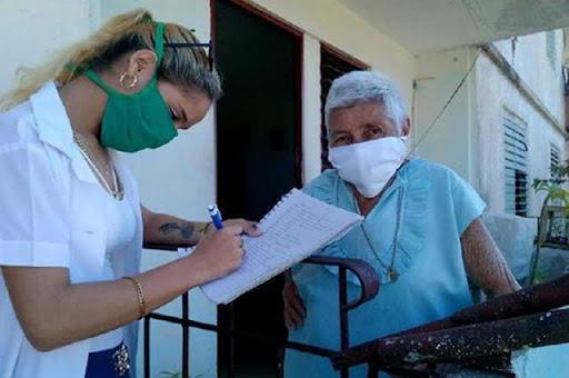 Apoyan estudiantes de las Ciencias Médicas pesquisas sanitarias en Cabaiguán