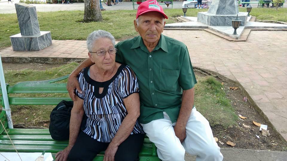 2 Efigenio Pino y su esposa Eneida