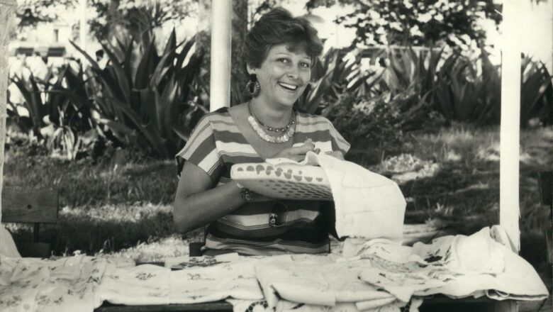 Herma Elia, bordadora excepcional