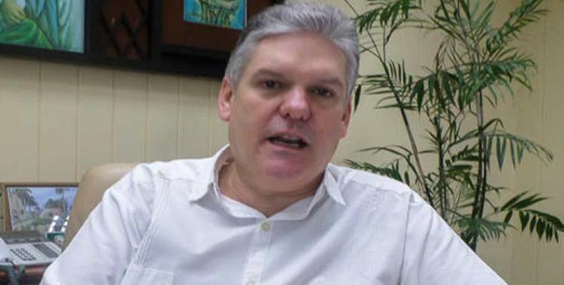 7408 Alejandro Gil