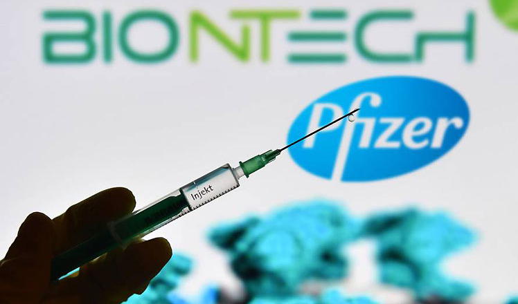 Reino Unido aprueba uso de vacuna de Pfizer/BioNTech contra Covid-19