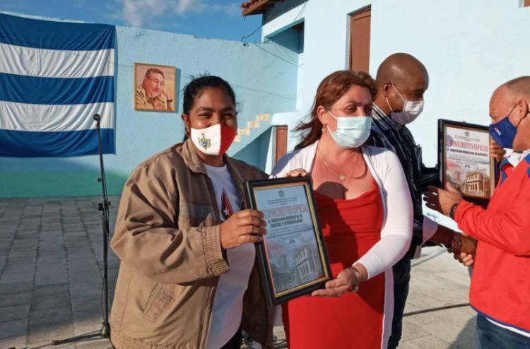 acto por el aniver 62 de la liberacion de trinidad foto belkis niebla
